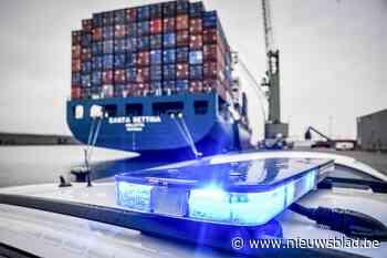 Douane moet havenbedrijven 19 miljoen euro terugbetalen voor spooktoezicht