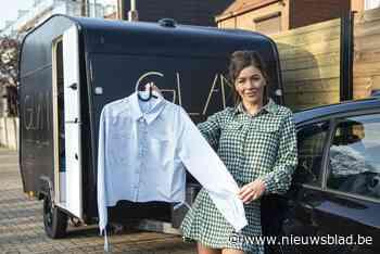 Kledingwinkel op wielen van Geelse Sarah (34) stopt eerst in Boom