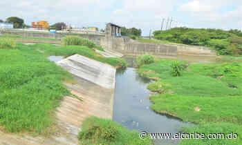 Reclaman parar contaminación del río Yaque - Periódico El Caribe - Mereces verdaderas respuestas - El Caribe