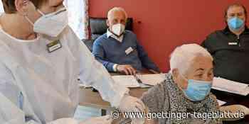 Corona: Mobiles Team impft Besucher in der ASB-Tagespflege Dransfeld - Göttinger Tageblatt
