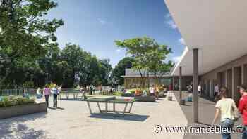 Le futur collège du Haillan sort de terre dans un environnement boisé 21 mars 2021 Un - France Bleu