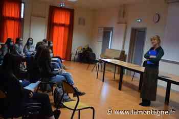 Echanges entre poètes au lycée de la Haute Auvergne à Saint-Flour - La Montagne