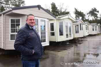 """Patrick ziet verkoop van stacaravans en chalets de pan uit swingen: """"Afbieden? Ik heb nu al te weinig stock"""""""