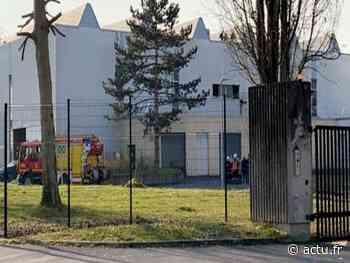 Nogent-sur-Oise : un incendie se déclare dans la toiture du lycée Marie-Curie - actu.fr