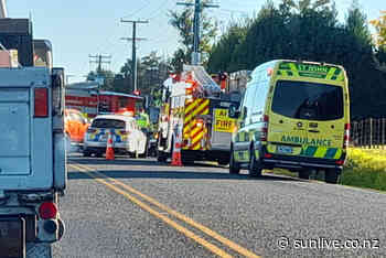 Serious motorbike crash on Cambridge Road - The Bay's News First - SunLive