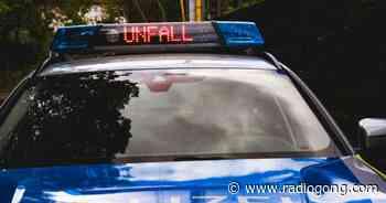 Prichsenstadt: LKW stürzt in Bach - 106,9 Radio Gong