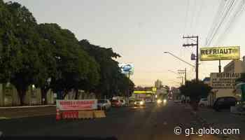 Aumento de casos de Covid-19 leva Adamantina a instalar barreiras sanitárias e bloquear acesso de veículos ao município - G1