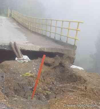 Demolerán puente en sector de Partidas (Aranzazu) - La Patria.com