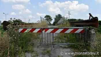 Demolizione di un cavalcavia sulla Milano-Meda, tratto chiuso al traffico in Brianza - MonzaToday