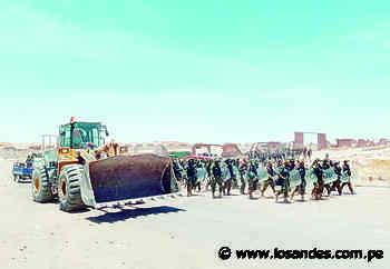 Desalojan a invasores con policía en el distrito de Yura - Los Andes Perú