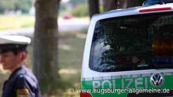Geparktes Auto in Tiefenbach angefahren: Polizei sucht Zeugen - Augsburger Allgemeine
