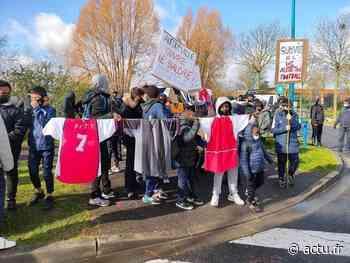 Val-de-Marne. Football : l'US Alfortville reste mobilisé et organise une nouvelle manifestation - actu.fr