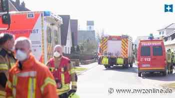 Unfall in Rastede: Außenwand stürzt um und klemmt Frau ein - Nordwest-Zeitung