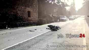 Incidente stradale a Ponte Felcino, scooter contro un'auto, via in ospedale - Umbria Journal il sito degli umbri