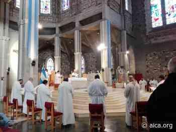 Se celebró la misa crismal en San Carlos de Bariloche - Aica On line
