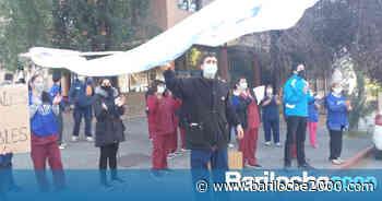 El personal de Salud reclamó por mejoras salariales - Bariloche 2000