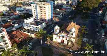 COVID-19: Campo Belo antecipa feriados e proíbe funcionamento de bares - Estado de Minas
