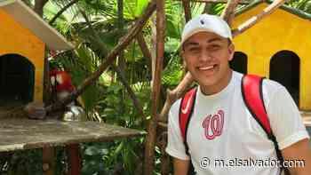 David Fuentes, el joven que vende chocolates en Antiguo Cuscatlán para pagar la universidad y aspira a jugar béisbol en EE. UU. - elsalvador.com