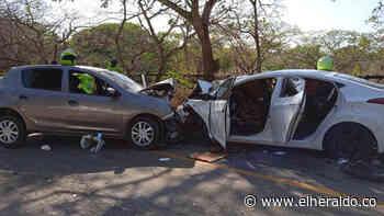 Violento choque de dos carros en la vía Usiacurí – Baranoa: varios heridos - EL HERALDO