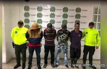 Triple homicidio en Caicedonia: Capturan a cuatro sospechosos - La FM