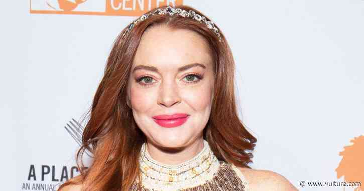 Lindsay Lohan Releases Her Comeback Single 'Lullaby' As an NFT - Vulture