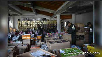 Dian incauta más de 10.000 rollos de tela de contrabando en parque empresarial de Funza - RCN Radio