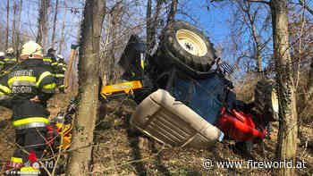 Stmk: Traktorüberschlag im unwegsamen Gelände in Bad Waltersdorf: ein Verletzter | Fireworld.at - Fireworld.at