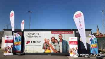 Kostenlose Tests auf Parkplätzen: Einzelhändler baut Corona-Teststationen auf