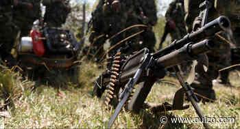 Civiles quedaron en medio de disparos durante combate entre el Ejército y disidencias - Pulzo.com