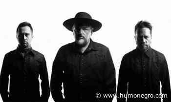"""Alain Johannes Trio comparte presentación de """"This Little Finger"""" en Matucana 100 - HumoNegro"""