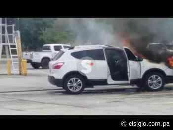 Auto se incendia a la altura de Quesos Chela, en Capira - El Siglo Panamá