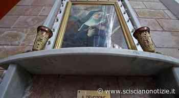 Marano, minacce e ingiurie per l'Arcivescovo di Napoli che fa rimuove i quadri di Nuvoletta dalla chiesa - Scisciano Notizie ILMONITO