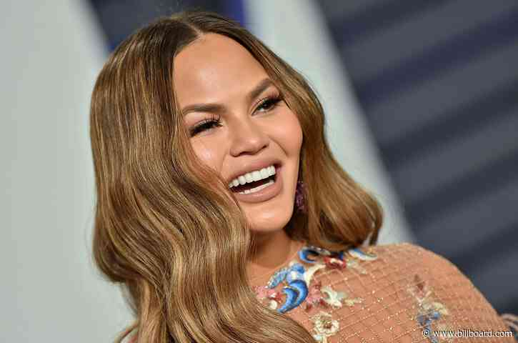 Chrissy Teigen Unveiled on People's 'Beautiful Issue' Cover