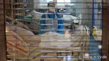 Intensivmediziner warnt: Stationen könnten in vier Wochen voll sein