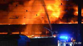 Großbrand in Düsseldorf: Feuer zerstört 40 Linienbusse