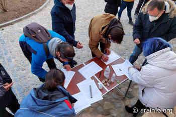 Teruel inicia su recogida de firmas en contra de la masificación eólica - AraInfo | Achencia de Noticias d'Aragón