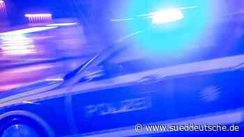 Unfall nach Verfolgungsfahrt auf B243: Polizei sucht Zeugen - Süddeutsche Zeitung