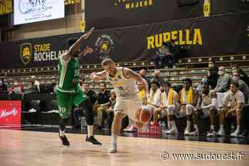 Basket (NM1) : Le Stade Rochelais s'en sort face à Vanves et devient leader provisoire - Sud Ouest