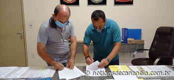 Prefeitura de Cajati inicia construção de muro de arrimo no Inhunguvira - Noticia de Cananéia