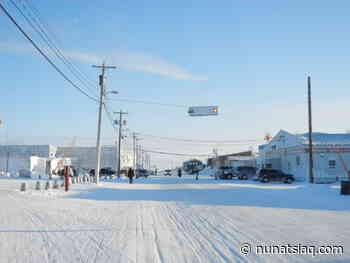 Under a new postmaster, Cambridge Bay post office looks to better days - Nunatsiaq News