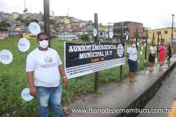 Lideranças comunitárias protestam no Cabo de Santo Agostinho e pedem auxílio emergencial - Diário de Pernambuco