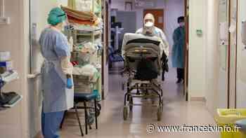 Coronavirus : à l'hôpital de Perigueux, les malades continuent d'affluer diffusé le 25/11 - Franceinfo