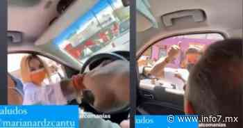 Intenta Mariana Rodríguez ponerle calca de Samuel a camioneta de Larrazabal - INFO7 Noticias