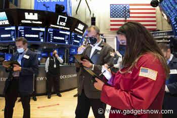 S&P 500 rides Microsoft, Amazon to record close above 4,000