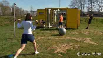 Sport während Corona: Fitness-Container in Alpen bei Xanten macht Hobbysportler fit - RTL Online