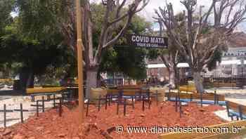 VÍDEO: Prefeitura de Mauriti transforma praça em cemitério durante ação de conscientização sobre Covid - Diário do Sertão