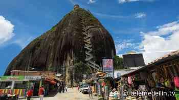 Reducción de turistas en Guatapé por restricciones - Telemedellín