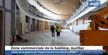 Video : Aurillac - Visite de la galerie marchande de l'hypermarché Carrefour de la Sablière - Jordanne Fm