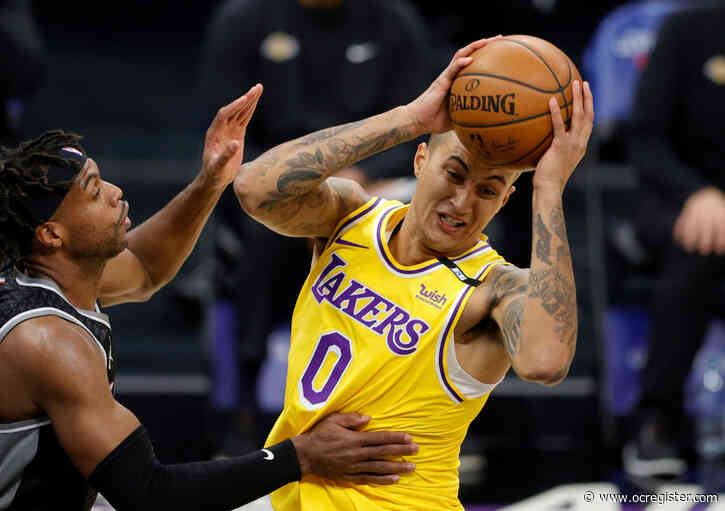 Lakers blow out Kings as Kyle Kuzma has big night