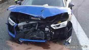Zwei Schwerverletzte auf der A63: Frau baut Unfall bei illegalem Autorennen